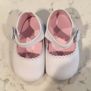 White leather toddler shoes